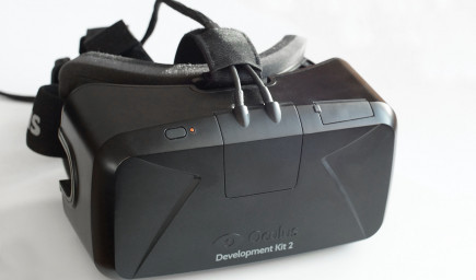 V amerických triedach sa zrejme čoskoro objaví prevratná technológia Oculus Rift