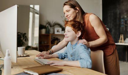 Chcete, aby vaše deti získali to najlepšie vzdelanie? Toto je 10 top vecí, ktoré pre ne môžete urobiť!