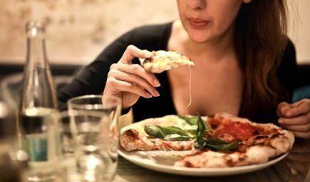 Poruchy príjmu potravy - skreslený ideál krásy v období dospievania