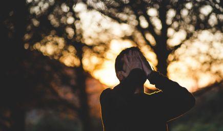 Ako sa prejavujú negatívne naladení ľudia?