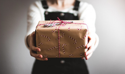 Portál ĽudiaĽuďom.sk štartuje vianočnú kampaň