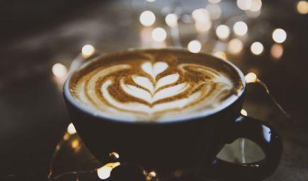 Pijete denne kávu? Toto podľa vedy robí s vaším telom