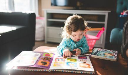 Čo všetko ponúka deťom rozprávka?
