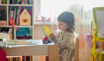 Pozornosť dieťaťa môžete rozvíjať doma aj pomocou hry