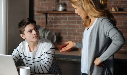 7 znakov, ktoré vám prezradia, že váš vzťah s dieťaťom v puberte nie je v poriadku