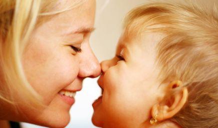 Chcete svoje dieťa podporiť v rozvoji jeho reči? Komunikujte s ním aj vtedy, keď len bľaboce