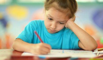 Aj problémy s počúvaním môžu negatívne ovplyvniť nástup dieťaťa do školy