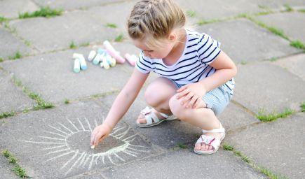Neberme deťom detstvo, nechajme ich hrať sa!