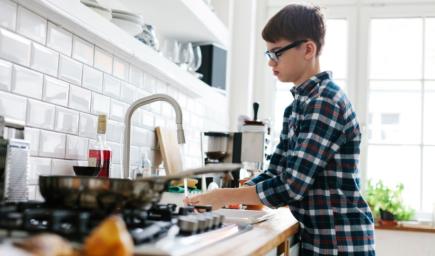 Domáce práce a deti: Mami, urobím to neskôr!