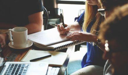 Ako efektívne komunikovať v tíme a úspešne zvládnuť projekty?