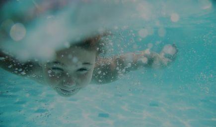 Kurzy plávania pre deti