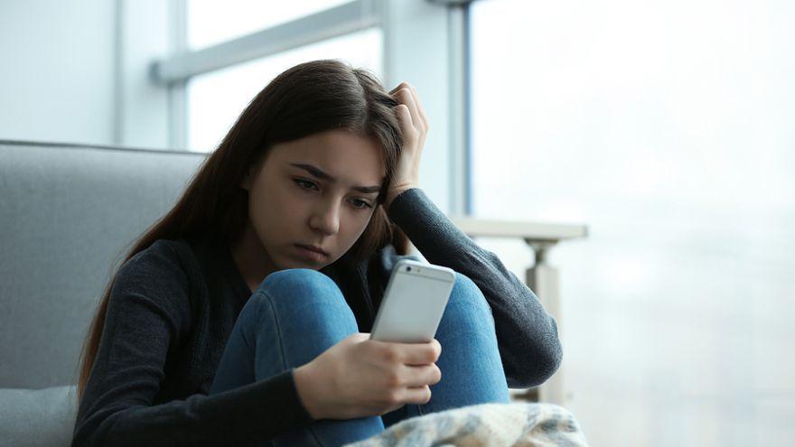 Tínedžerov s najväčším rizikom sebapoškodzovania je možné identifikovať takmer o desať rokov skôr, ako si začnú ubližovať