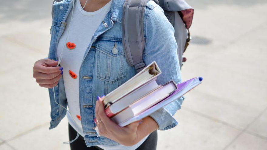 ÚVZ vydal usmernenie pre VŠ a univerzity k prezenčnej a dištančnej výučbe