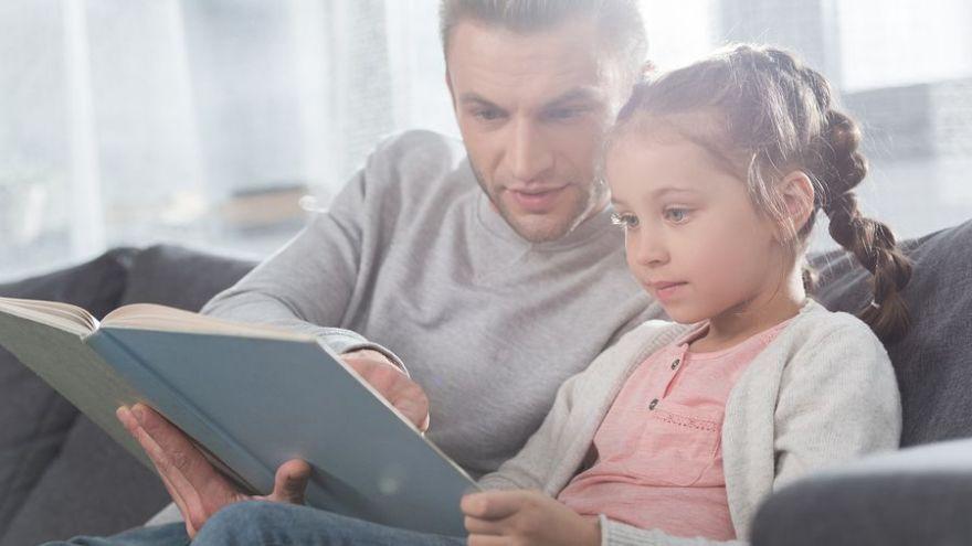 Štúdie dokazujú, že čítanie príbehov môže zvyšovať empatiu