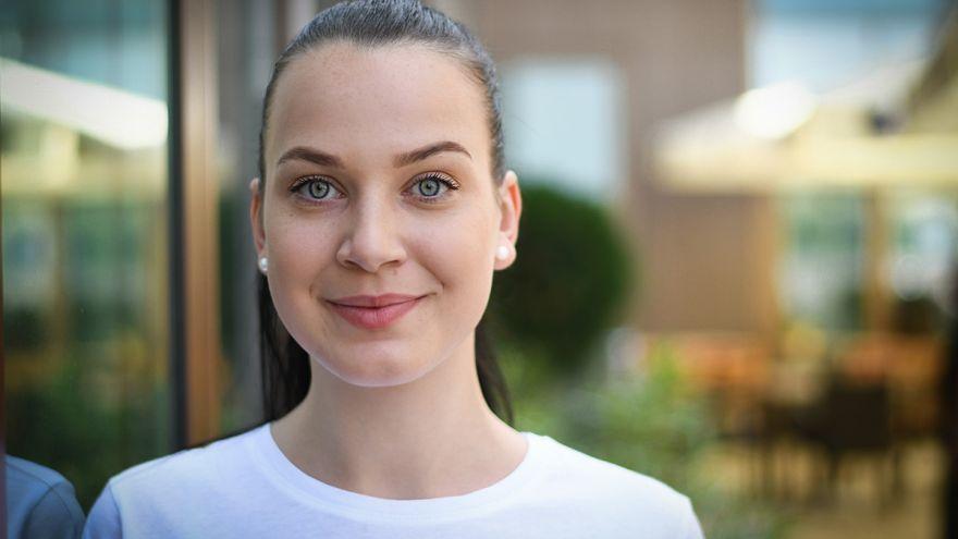 Veľvyslankyňa mladých Nikola Sekerešová: Chcem, aby sme si naše vzácne tradície udržiavali, chránili a posúvali ďalším generáciám