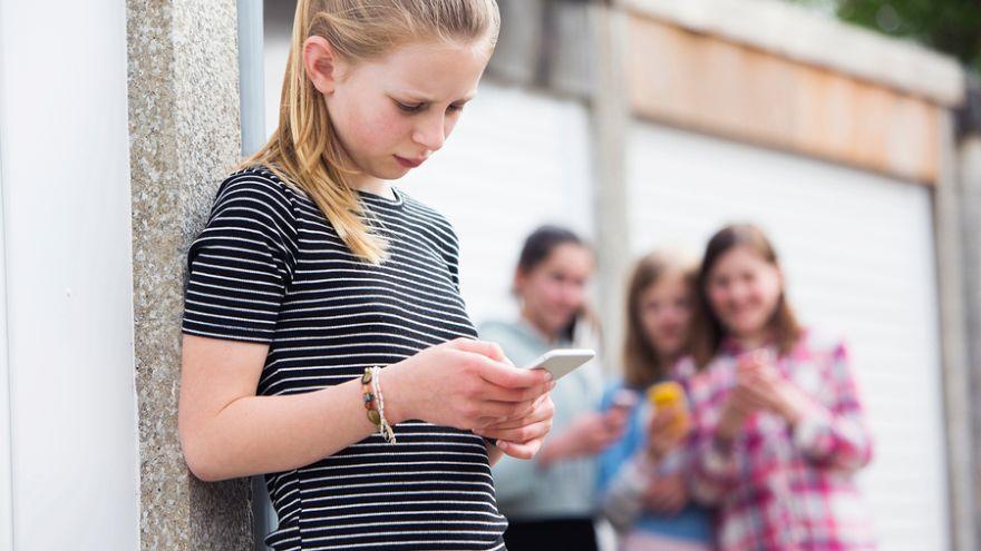 Stredoškoláci vymysleli aplikáciu proti šikane. Po úspechu v Čechách prichádza do slovenských škôl