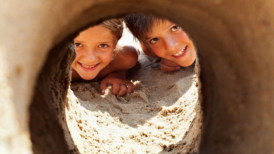 Čo robiť s deťmi na pláži? Tieto aktivity ich určite zabavia