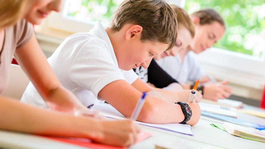 Testovanie 9 - 2017: Zajtra sa na 1 400 základných školách uskutoční celoslovenské testovanie žiakov 9. ročníka