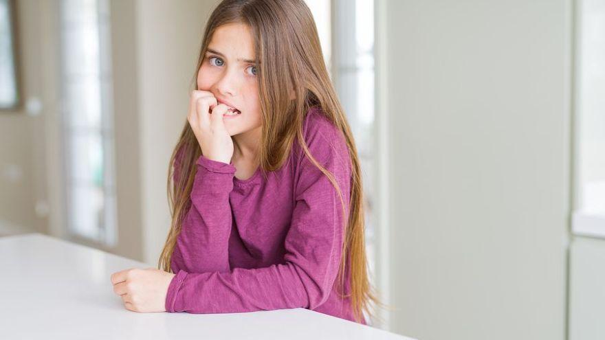 5 dôvodov, prečo si obhrýzame nechty