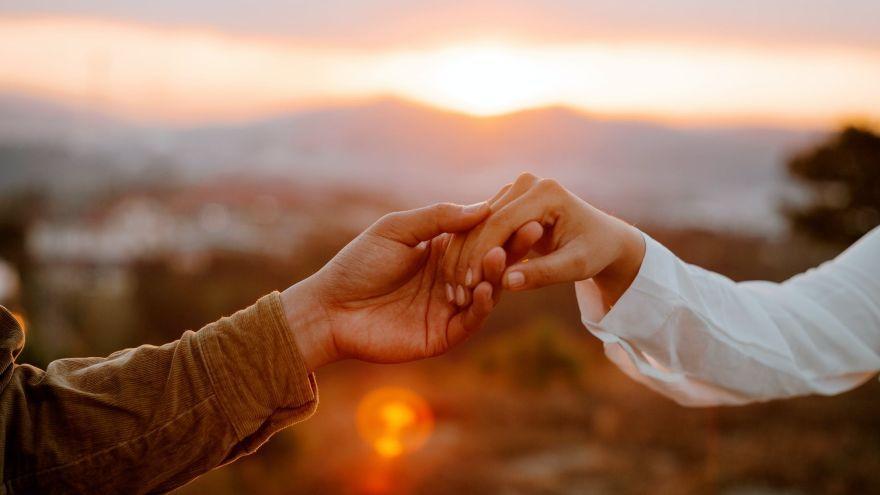 Prečo sa v manželstve ľudia začínajú cítiť osamelo?