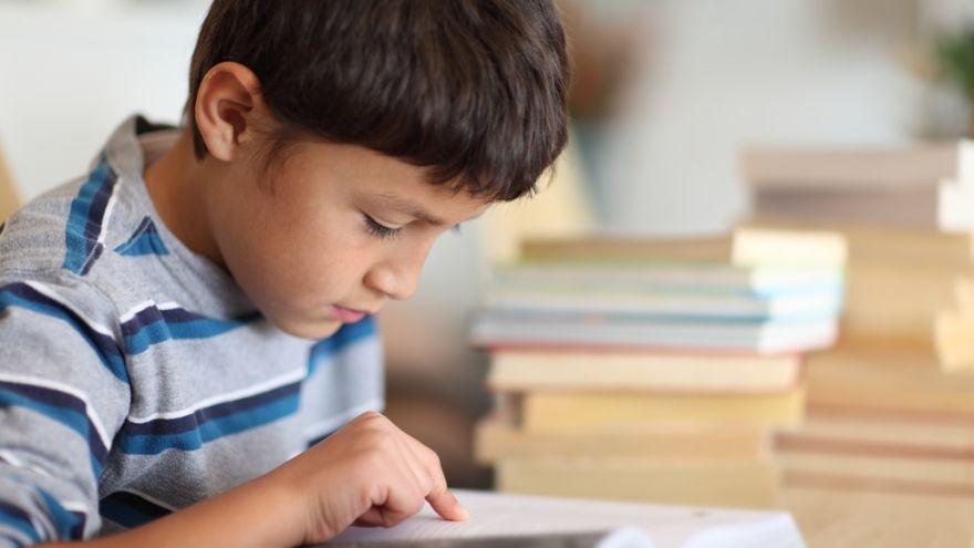 ŠŤASTIE V ŠKOLÁCH:  S knihou nie je nuda