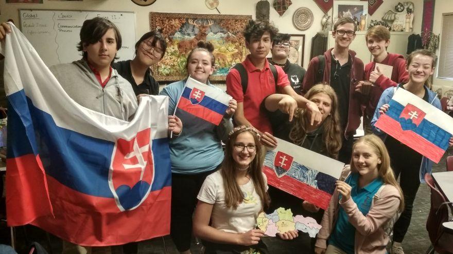 Štúdium na strednej škole v USA zadarmo - slovenský krúžok na americkej škole / Foto: Kristína Stieranková